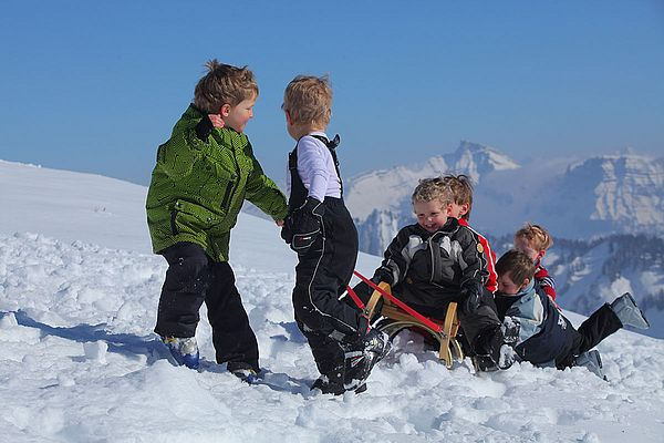 Family experiences winter